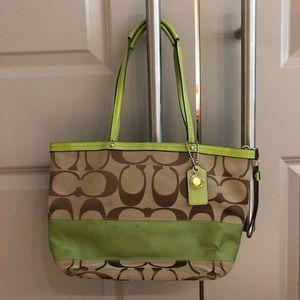 Coach Classic C Print Small/Medium Shoulder Bag